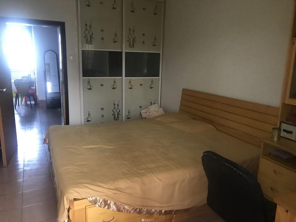 H榕湖小学奎光中学旁1房1厅新装修拎包入住采光好