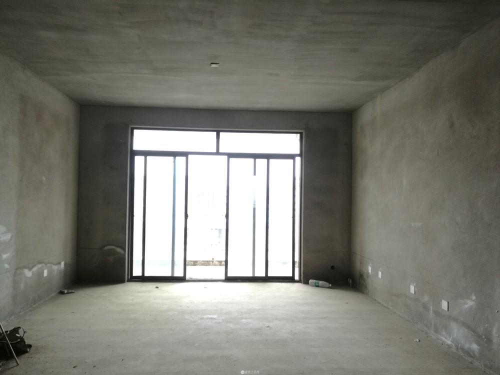 Q象山区龙光普罗旺斯旁润鸿水尚高层电梯清水复式送大露台一梯两户