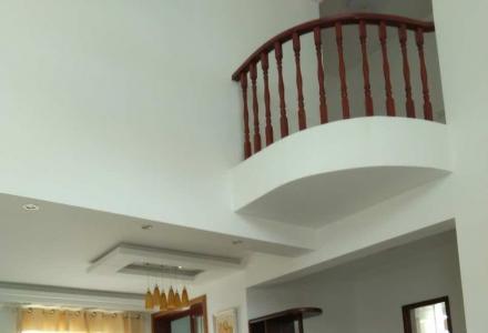 东晖国际 碧水康城 精装3,4层挑空纯复试楼 带露台拎包入住