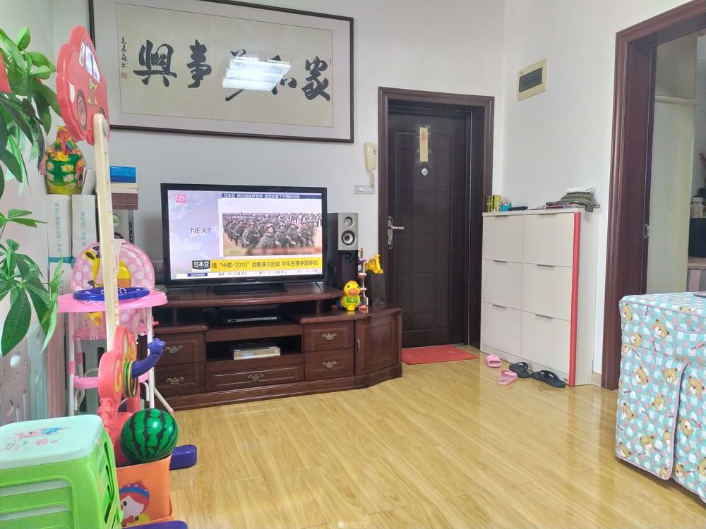 三里店龙隐小学 会仙小区旁 单位宿舍精装2房送杂物间装修新