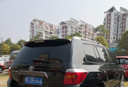 10年9月丰田汉兰达2.7L七座顶配版