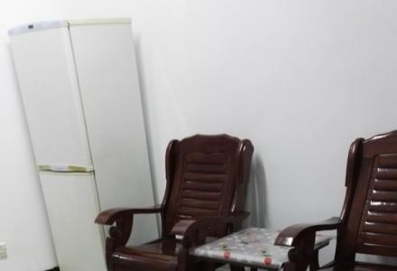 桂林市秀峰区湖光路8号6楼一房一厅出租