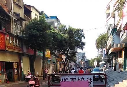 乐虎国际官方网站专业大三轮摩托车搬家拉货