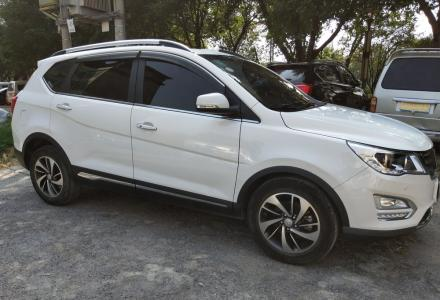 2016年10宝骏560桂林一手私家车1.8排量高配,