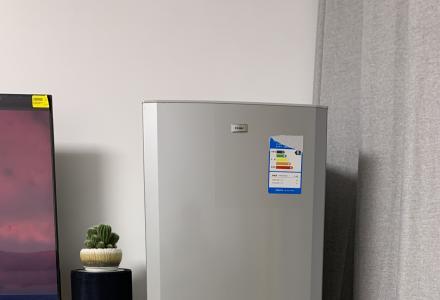 低价转让自用海尔155L一级能效冰箱非常新