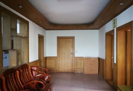 育才学区三里店加油站旁3室2厅出租13977301865