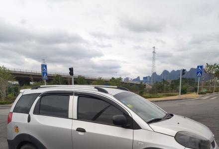 奇瑞瑞麒x1 手动1.3好开省油,无事故,自用私车