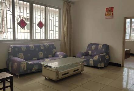 桂康烟草局  3房2厅2卫送杂物间