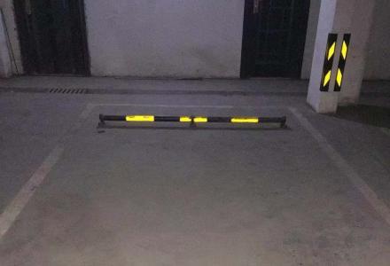 桂林市高新七星万达华府小区地下停车位出租或者出售