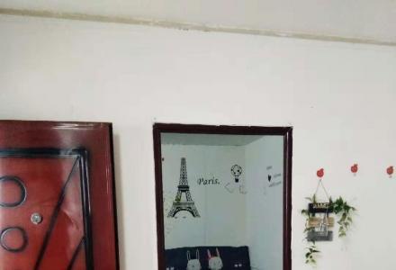 理工大学后门带空调热水器一房一厅
