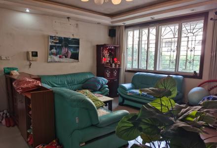 东方花园 七星区三里店 育才本部 比邻明珠花园 养生2楼