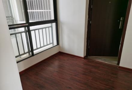 澜湖国际3房带装修89平米53.9万