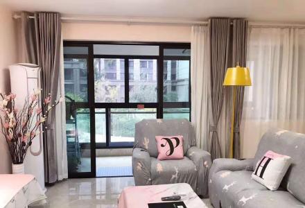 超舒适好房房东首次出租,北欧风格,采光通风良好,拎包入住!