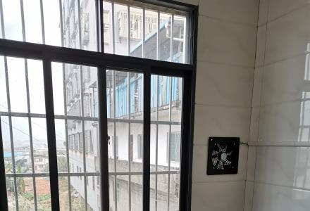 激光研房所旁竹桥村一室一厅出租