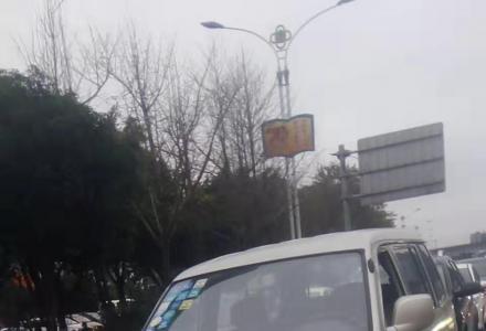 三菱机2.0商务车加长版无事故东南富利卡七座过户车