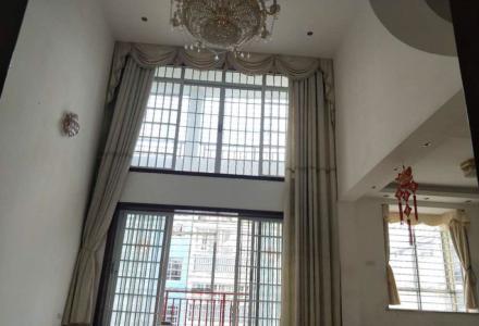 山水阳光城12栋复式楼222平租金2600一个月6房2厅4卫