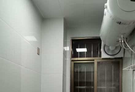 全新装修电梯房,新房出租