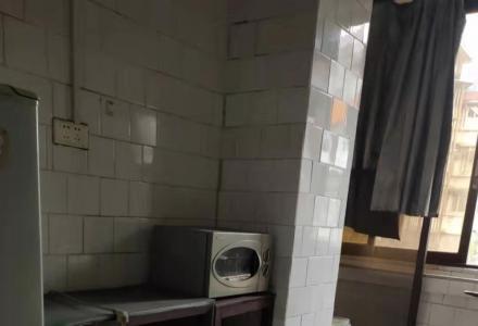 九岗岭小区1楼大2房1厅100平方米中装修办公方便