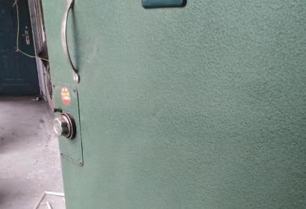 西城路步行街维也纳酒店交通银行后面单间配套35平方新装修配家电家具