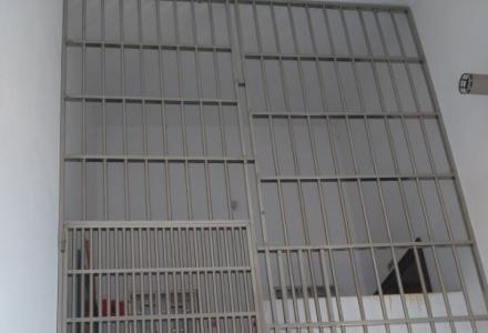 精装3+1房3厅2卫1厨2阳台1晒台精装修复式楼