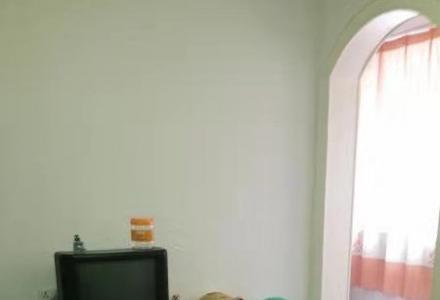 房东直租~精装好房拎包入住三里店师大正门对面2楼70平