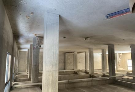 一楼二楼全框架650平米3层4层两房一厅
