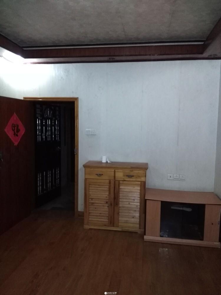 (非中介)桂林市七星区三里店育才小学、师大旁精品婚房