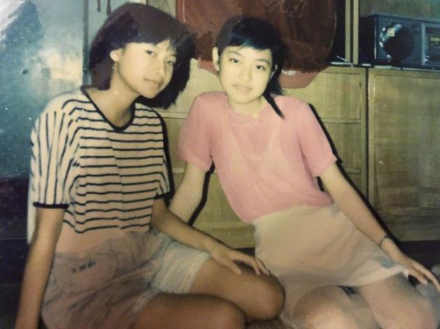 徐静蕾(左)