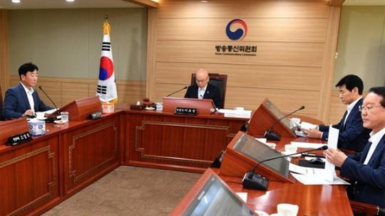 去年12月,姜圭亨被广通委免除理事职务