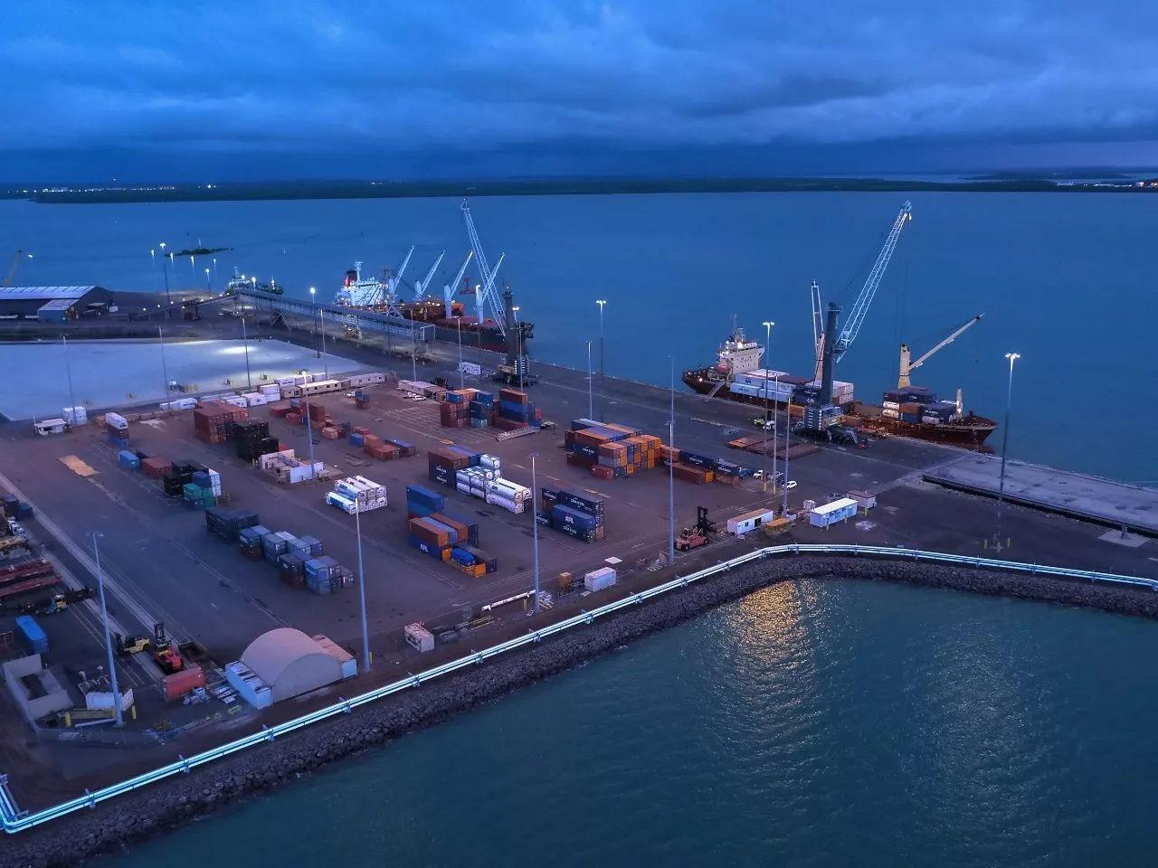 ▲澳大利亚达尔文港位于澳大利亚最北部,地理位置十分重要。中国岚桥集团于2015年11月以5.06亿澳元(约合3.69亿美元)收购达尔文港99年经营权。