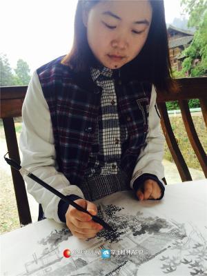"""上过白杨的国画课的学生们对其最多的评价是""""温柔""""。而她开玩笑说自己最喜欢催学生交作业"""