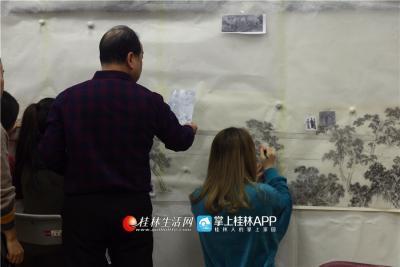 白杨的父亲白晓军也是桂林著名的山水画家。父女俩经常一起绘画
