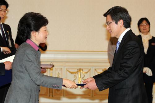 朴槿惠曾劝黄教安竞选总统