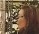 美人老矣!张曼玉戴老花镜