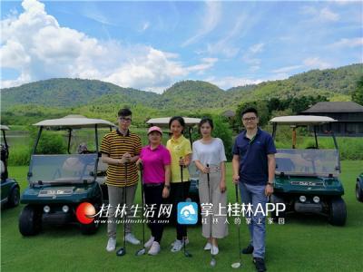 """2018年5月5日至2018年5月10日,泰国国家旅游局举办"""" 神奇泰国高尔夫邀请赛"""" 活动即将拉开帷幕。作为泰旅局中方合作伙伴的萨瓦帝卡高尔夫俱乐部,精选了几个曾入选过泰国TOP 10的球场,为泰旅局昆明办事处辖区的中国球友的泰国之旅增添了绚烂的色彩。泰式高尔夫球场到底有多美?"""
