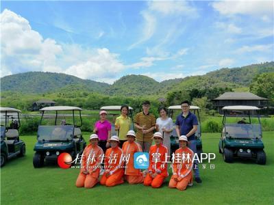 曼谷高山高尔夫体育俱乐部是泰国最精彩的、以及亚洲最好的球场之一,曼谷最具挑战性的高尔夫球场!