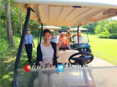 18洞的锦标赛等级的球场,是亚洲唯一一个举办过两次举世闻名的JOHNNY WALKERS WORLD CLUB泰国公开赛、第13届亚洲高尔夫球赛等大赛的顶级名门球场