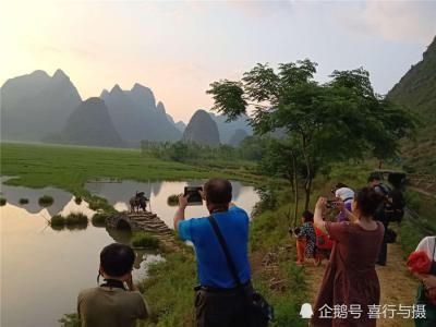 桂林山水甲天下,山村模特老汉放牛成网红。