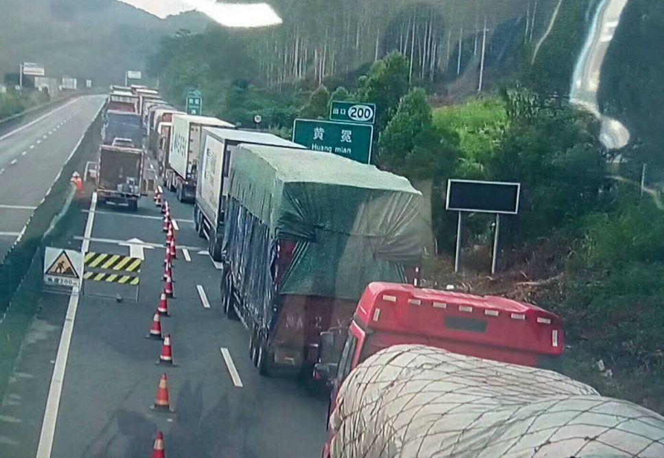 紧急通知 | G72泉南高速(桂林至柳州波寨段)双向道路管制 车辆请绕行!
