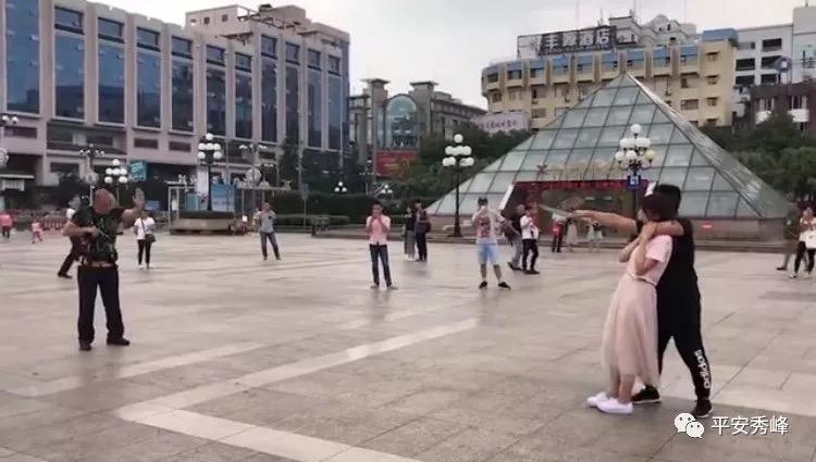 """【平安桂林】视频疯传""""桂林市中心发生挟持人质事件""""?警方刚刚公布真相"""