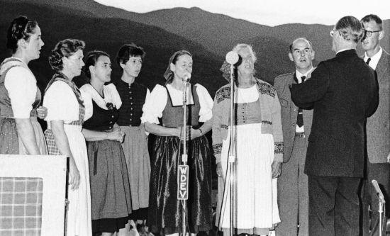 图为冯·特拉普家庭合唱团