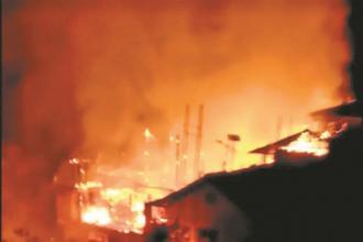 龙胜 一村寨凌晨失火,4栋民房被烧毁!