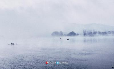 清晨薄雾弥漫,安静祥和(图片:全州盘摄)
