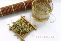 冬季咽炎发作 中药真能代茶饮?