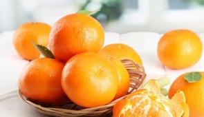 吃柑橘会让脸变黄吗?