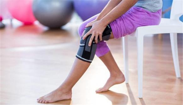 这个动作最伤膝盖,你每天做的时间却超过4小时