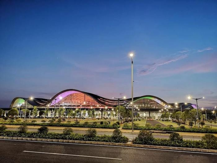 2018年9月30日,桂林两江国际机场启用T2航站楼  资料图片.jpg