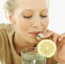 5种疾病可以通过喝水预防,你知道吗?