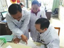 桂林市中西医结合医院医护人员坚守岗位迎新春
