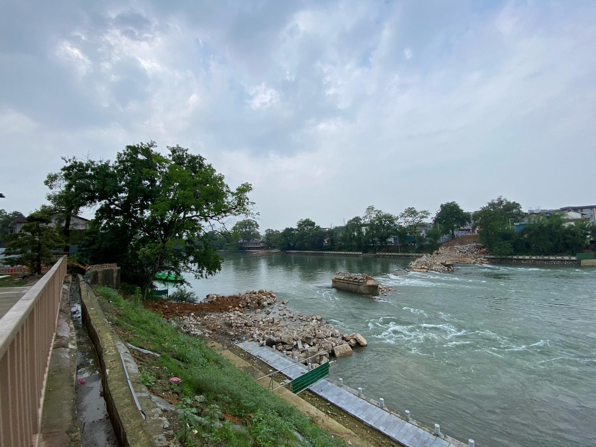 两江大桥已拆完